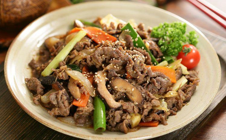 Bỏ túi cách làm thịt bò xào nấm thơm ngon