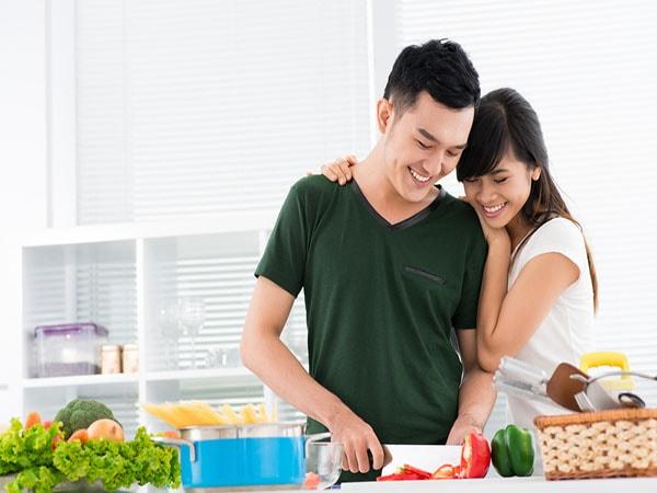 Tặng mẹ bầu món quà tinh thần bằng những bữa cơm do chính tay mình nấu