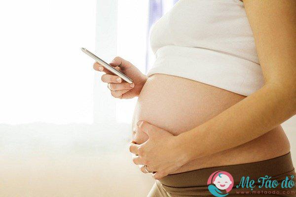 các thiết bị điện tử đe dọa sự phát triển của thai nhi