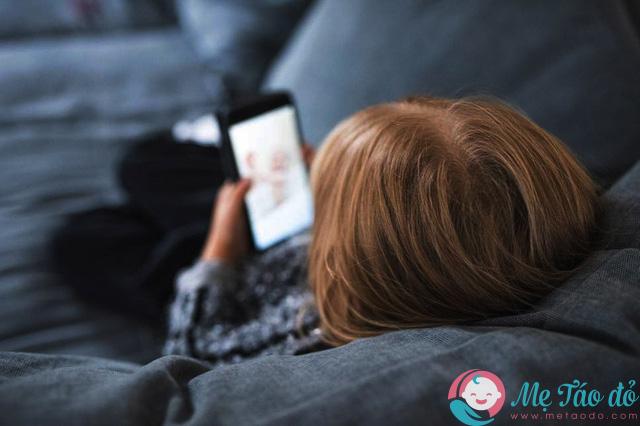 bệnh trầm cảm ở trẻ nhỏ một phần do ảnh hưởng của công nghệ