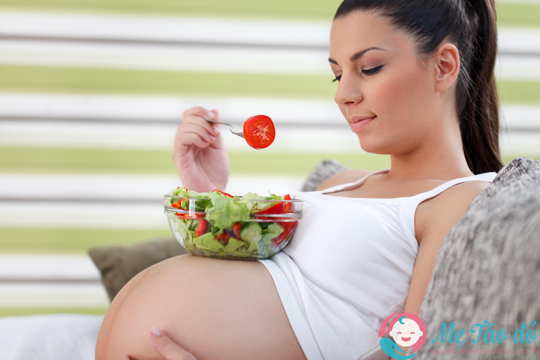 chế độ dinh dưỡng khi mang thai