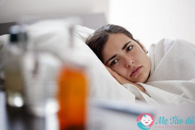 Bà bầu bị sốt uống thuốc gì