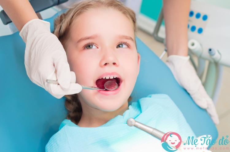 khám răng định kỳ để ngừa sâu răng